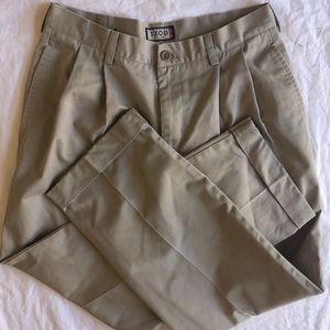 IZOD Khaki Pants NWOT 32x30 Trousers